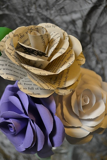 Paper roses created by Eventistry
