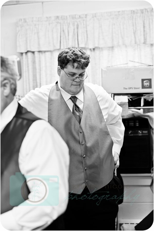 groom getting ready cleveland wedding planner