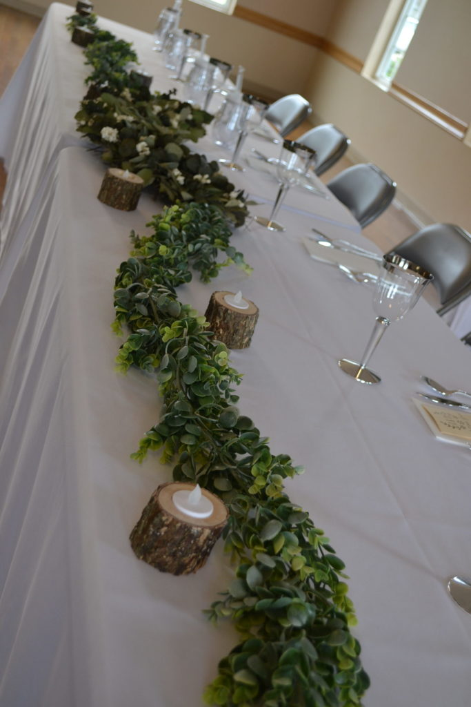 Greenery Runner on Head Table Eventistry