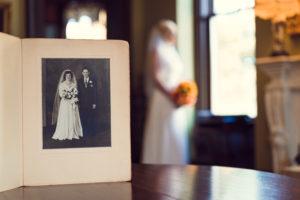 bride and photo of grandparents