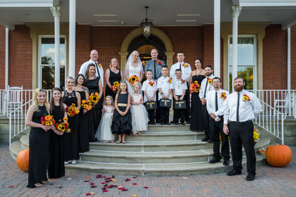 bride groom and wedding party