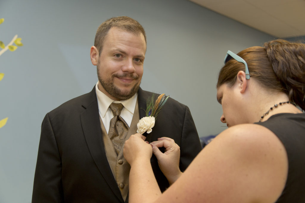 eventistry pinning on grooms bout cleveland wedding planner