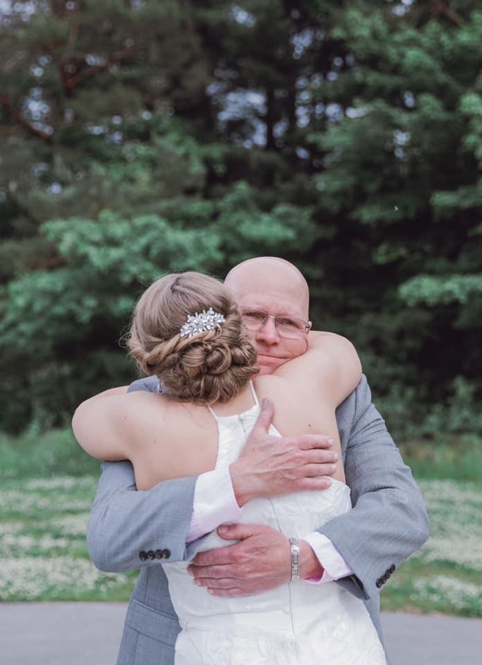 cleveland wedding planner bride and dad