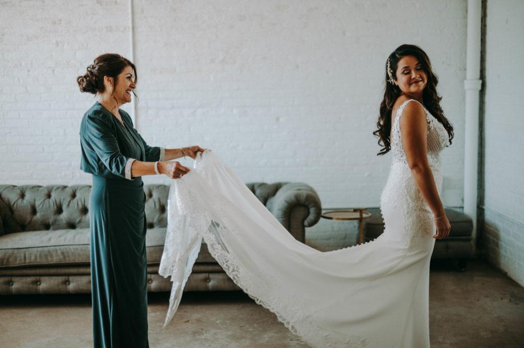 wedding dress cleveland wedding planner